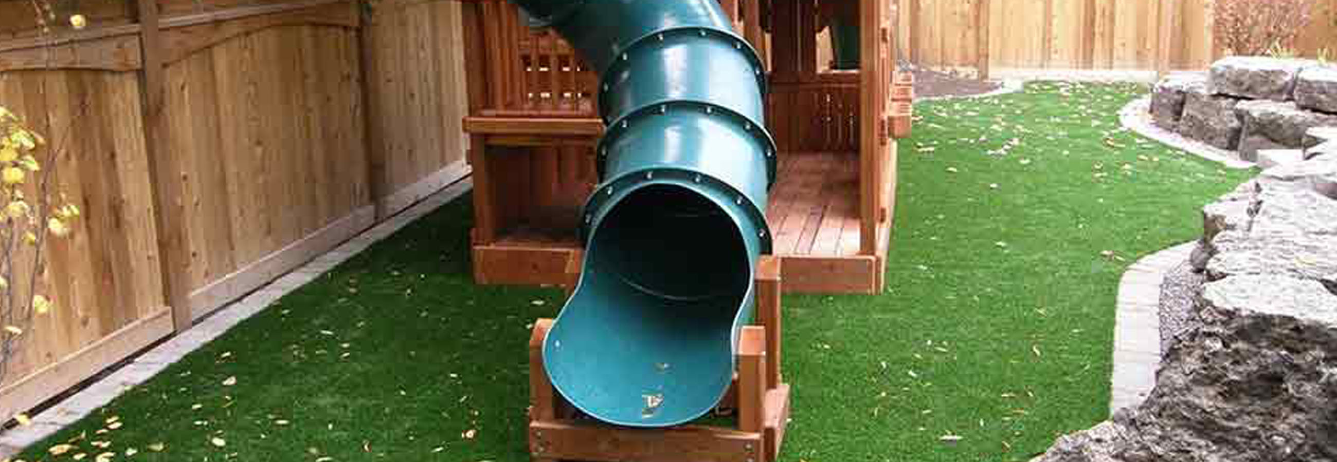 SYNLawn Playground Products Header Photo