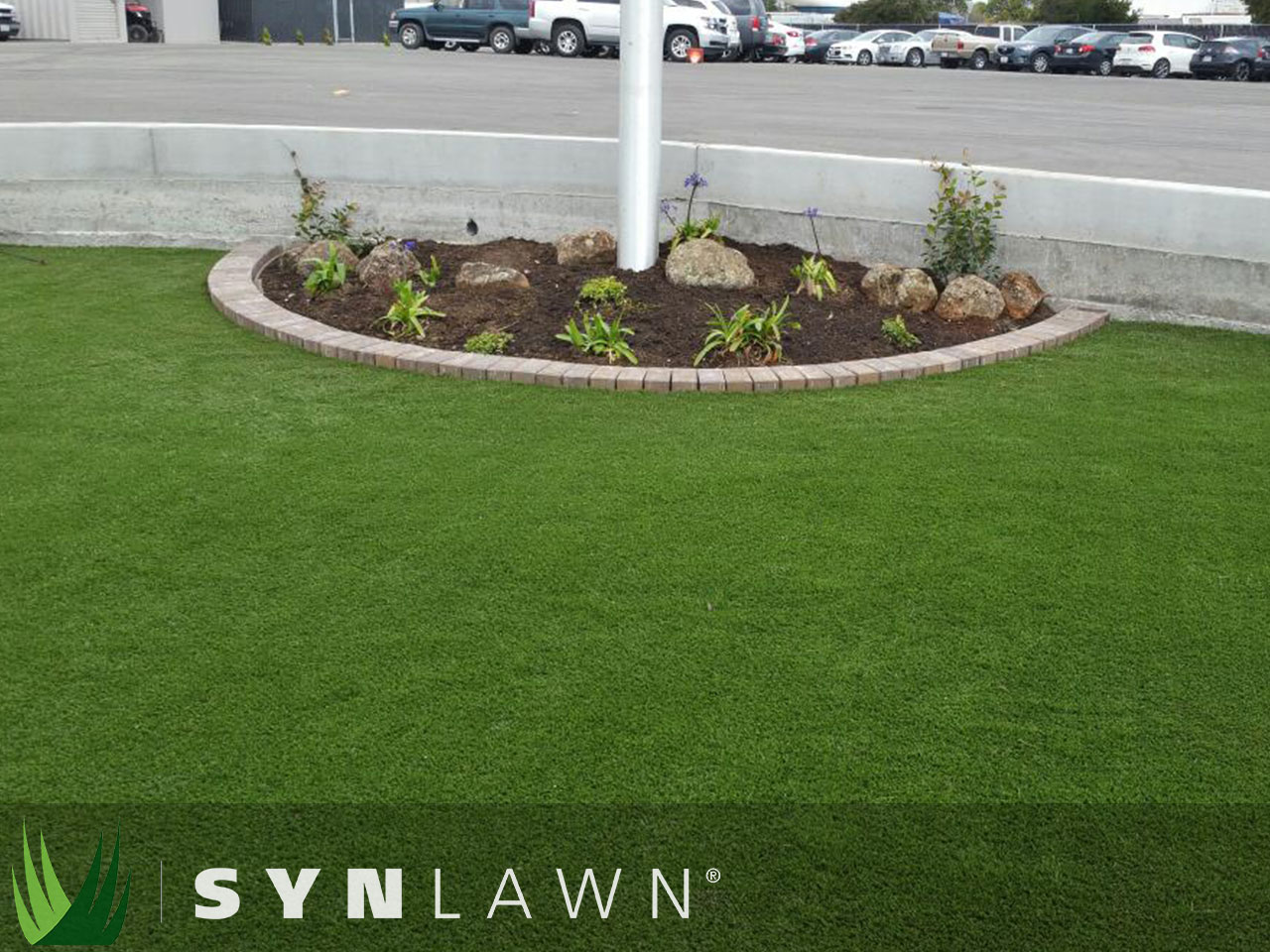 SYNLawn Commercial Photo 7