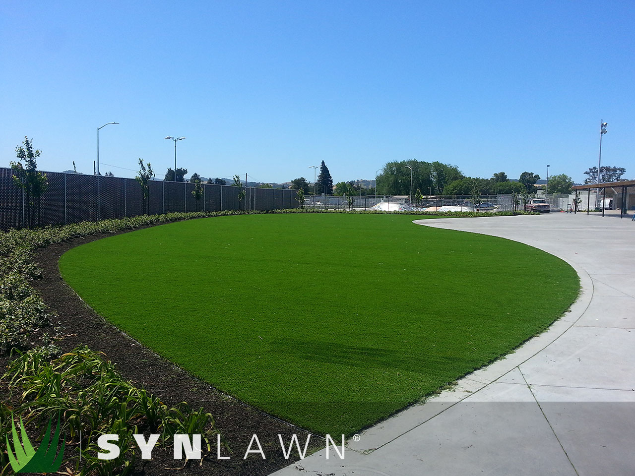 SYNLawn Commercial Photo 15