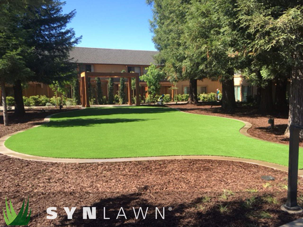 SYNLawn Commercial Photo 16