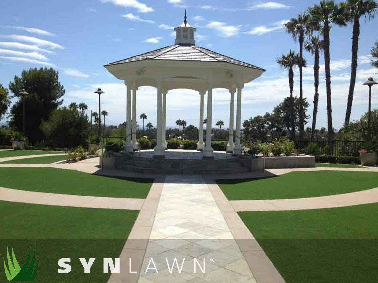 SYNLawn Commercial Photo 23