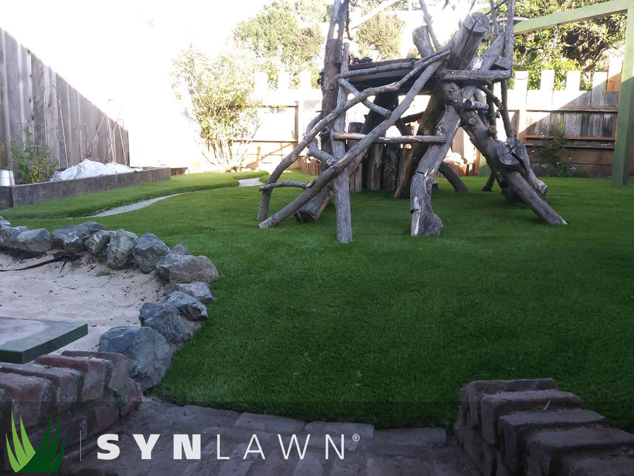 SYNLawn Playground Photo 1