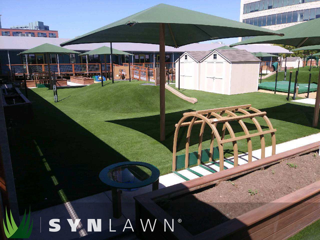SYNLawn Playground Photo 3