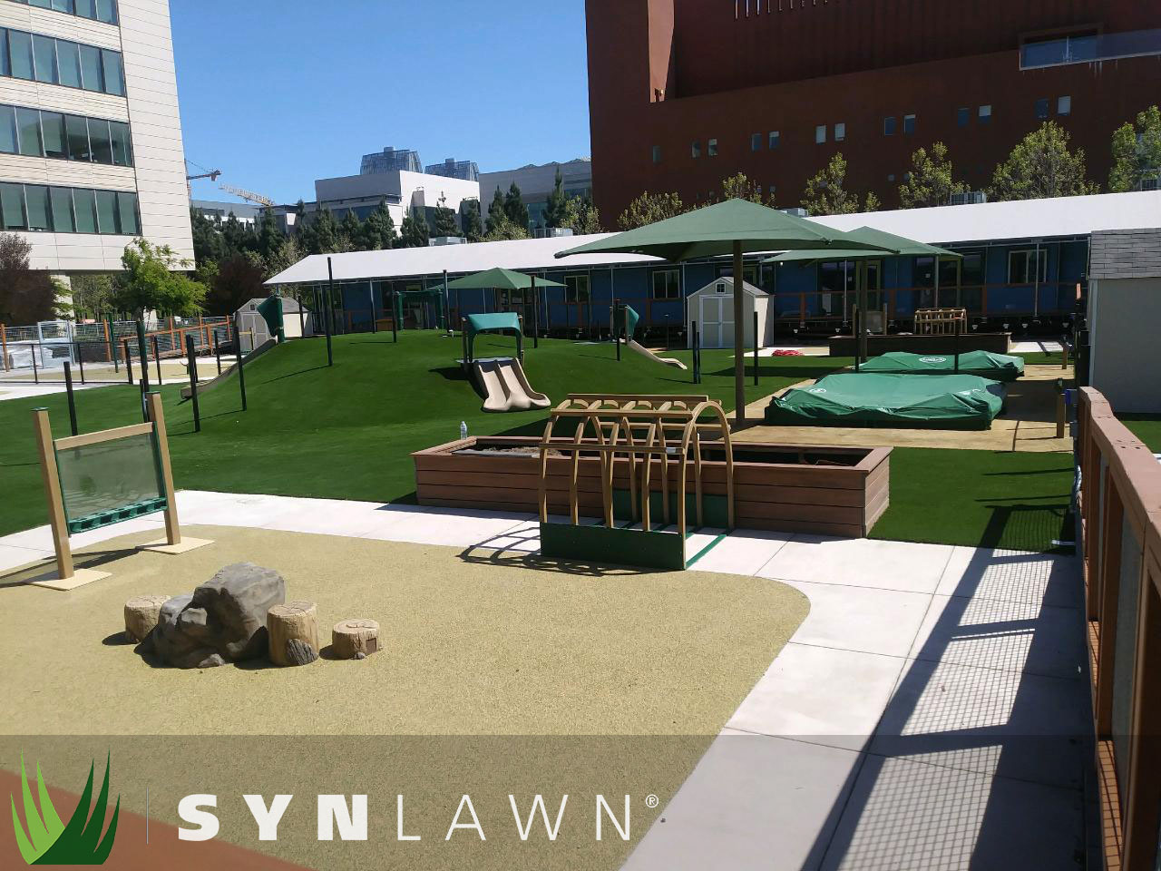 SYNLawn Playground Photo 4