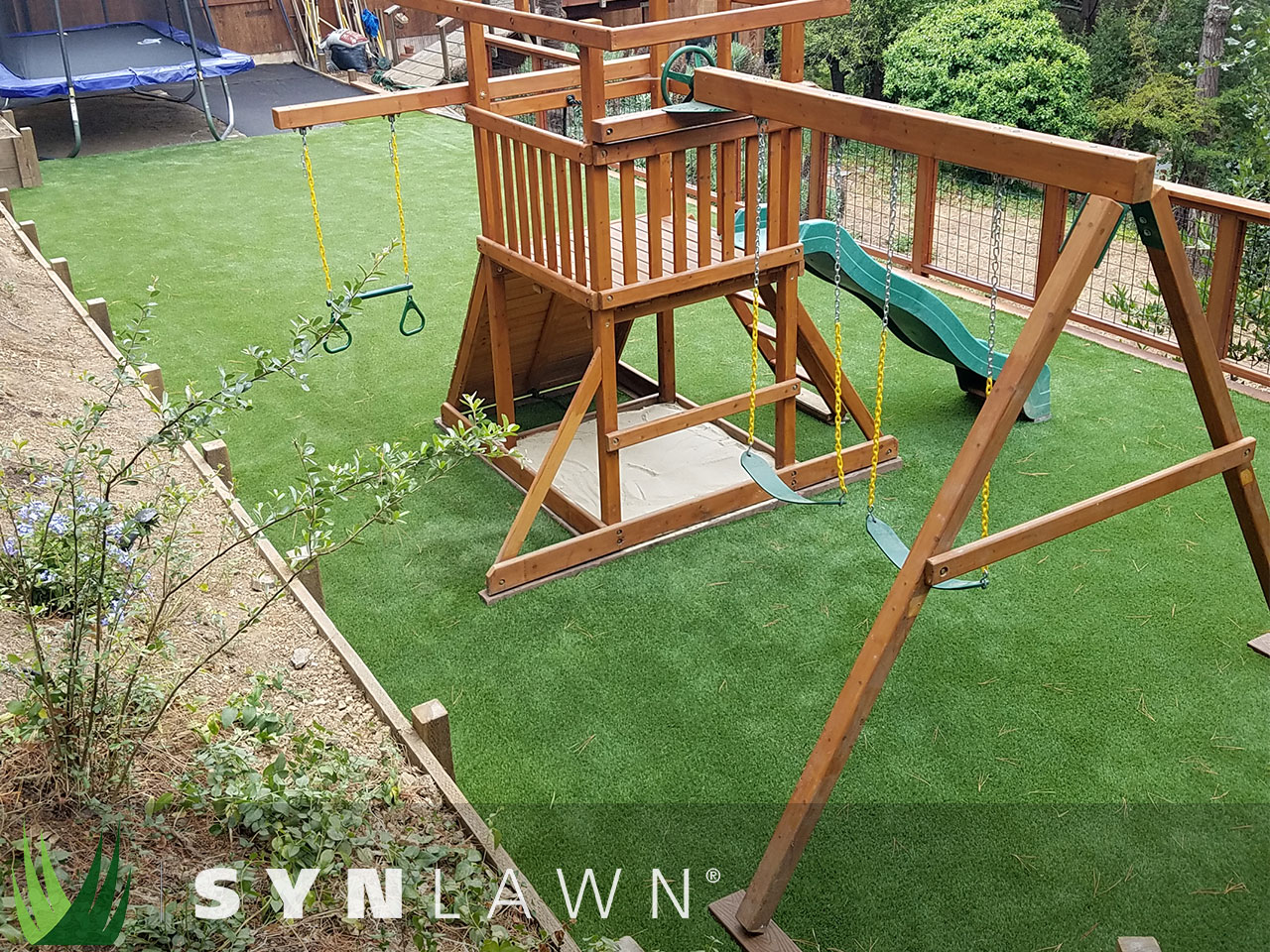 SYNLawn Playground Photo 7