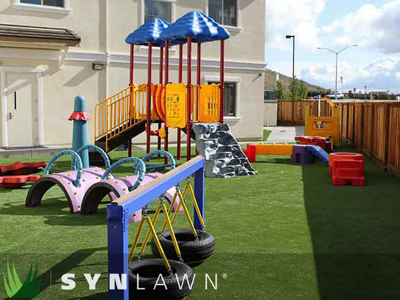 SYNLawn Playground Photo 11
