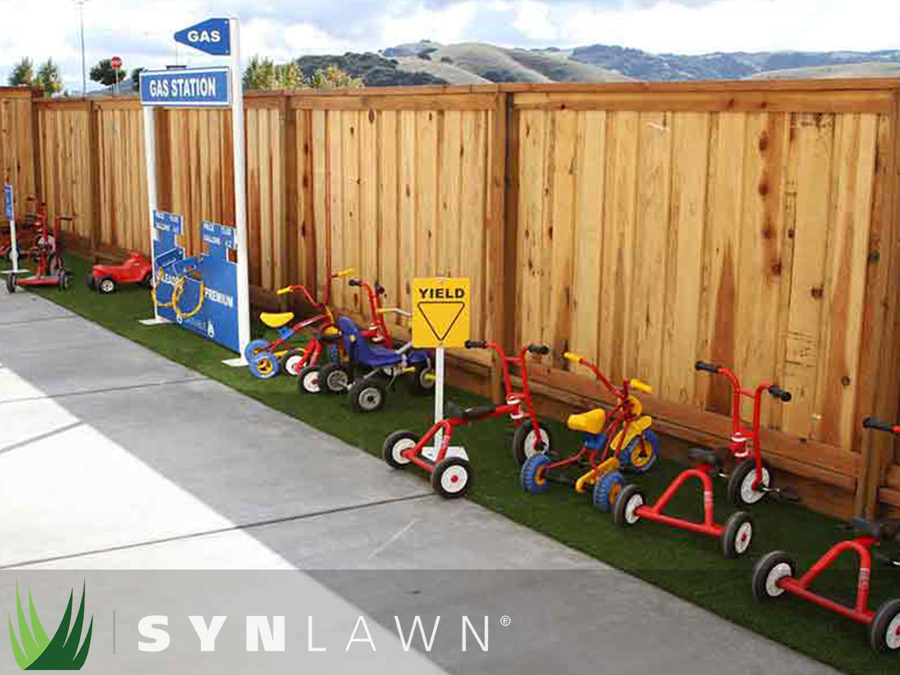 SYNLawn Playground Photo 13