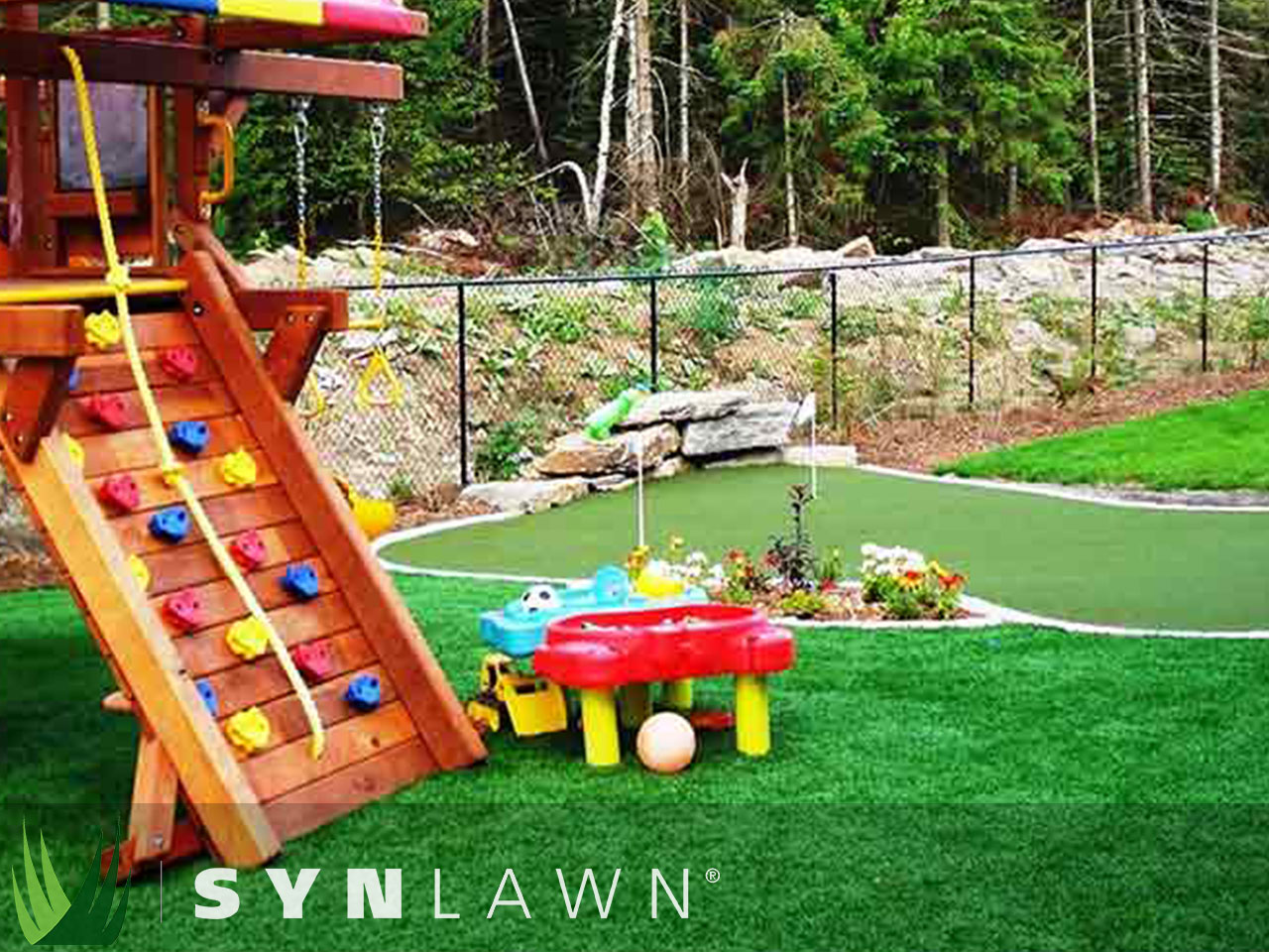 SYNLawn Playground Photo 40